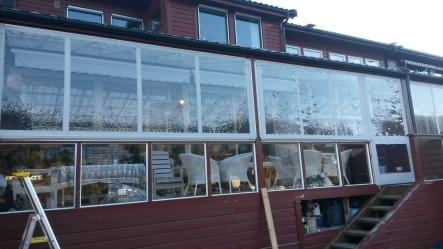 Terassevegger med vinduer, glidelåser etc alt på spesialmål og tilpasset ditt behov.